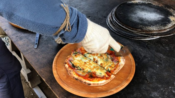 【体験レポート】 石窯ピザ焼きとお手軽燻製作り体験